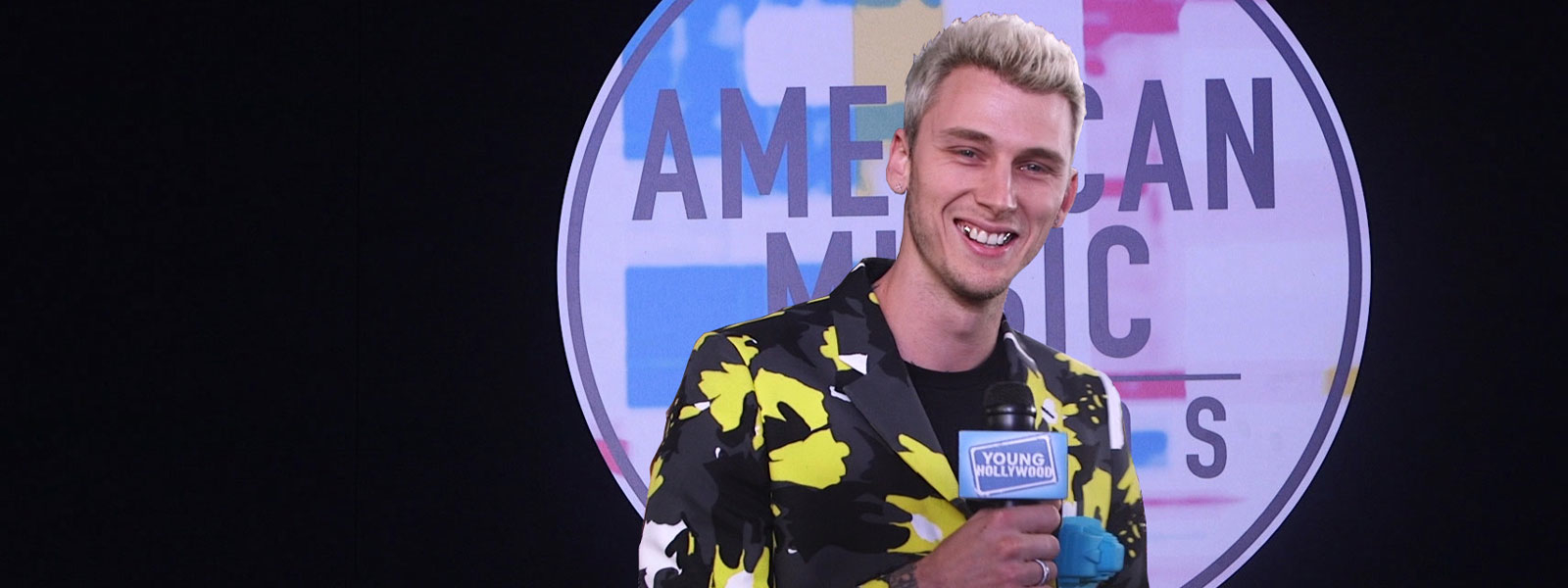 AMAs: Machine Gun Kelly